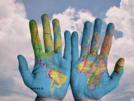 Comunicación, Derechos Humanos y entorno social